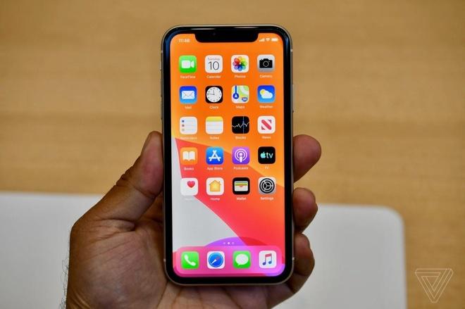 Anh thuc te iPhone 11 - gia tu 699 USD, nhieu mau, camera nang cap hinh anh 5