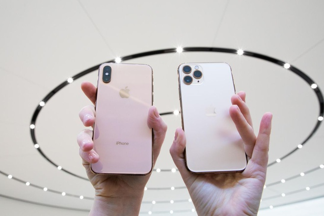 iPhone XS Max chinh hang giam gia anh 2