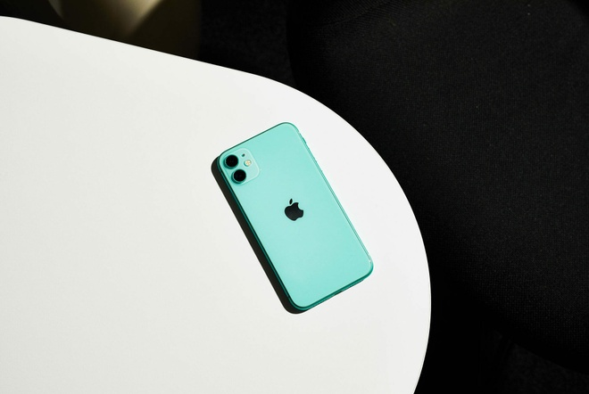 iPhone 11 giam gia sau tai Viet Nam, 14 trieu da co the mua hinh anh 1