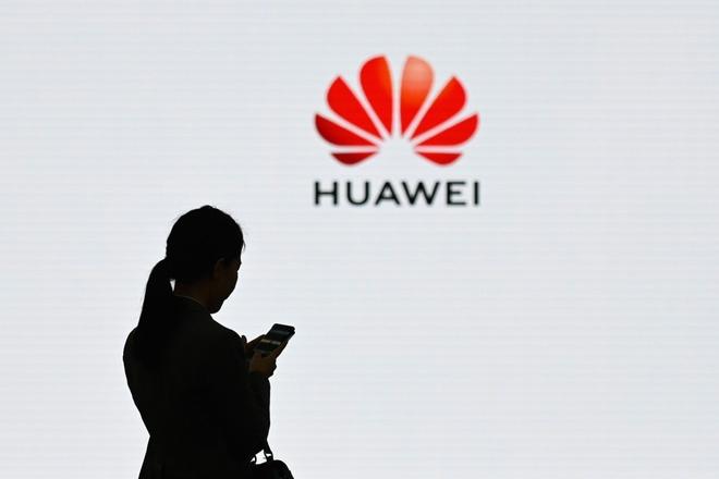 Huawei treo thuong 286 trieu USD cho nhan vien giup cong ty cam cu hinh anh 1