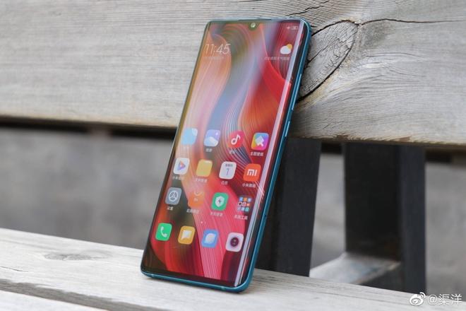 Xiaomi gioi thieu smartphone co 5 camera sau, 108 Megapixel hinh anh 4