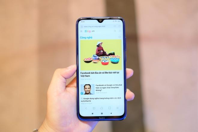 Redmi Note 8 có màn hình 6,3 inch, Full HD+ và dùng tấm nền LCD. Model này được trang bị 4 camera sau bao gồm 48 MP, 8 MP, 2 MP và 2 MP. Camera selfie của máy có độ phân giải 13 MP.