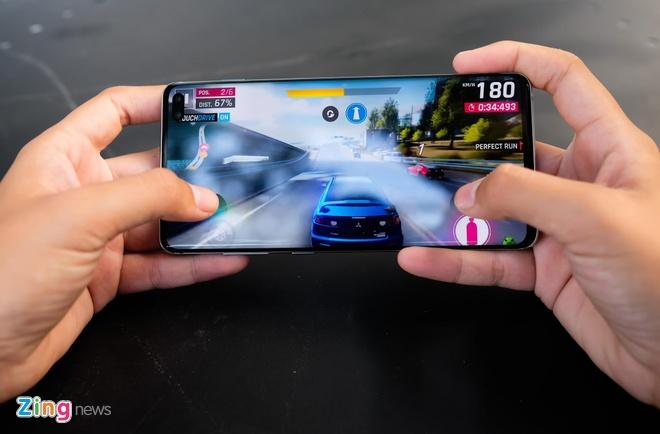 Galaxy S10 va loat sieu pham 2019 qua su dung gia duoi 10 trieu tai VN hinh anh 2