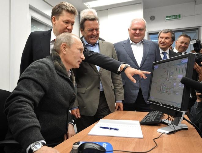 Tổng thống Putin vẫn dùng máy tính chạy Windows XP lỗi thời
