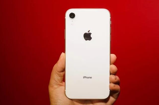 iPhone XR khoa mang giam gia anh 2