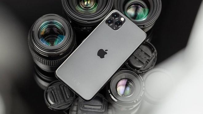 Nhieu smartphone chinh hang giam gia dau thang 5 hinh anh 2 NextPit_iPhone11ProMax_Review_16_w782.jpg