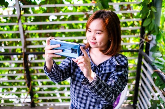 Nhieu smartphone chinh hang giam gia dau thang 5 hinh anh 8 Redlme_9s.jpg