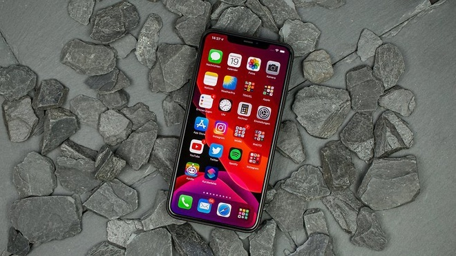 Loat smartphone xach tay giam nua gia sau mot nam ve Viet Nam hinh anh 5 NextPit_iPhone11ProMax_Review_fixed_1_w782.jpg