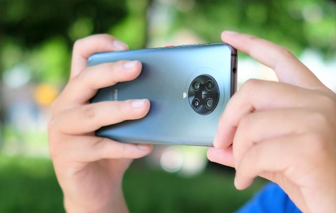 loat smartphone giam gia manh dau thang 7 anh 7