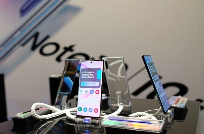 Galaxy Note10 chinh hang duoc giam gia anh 1