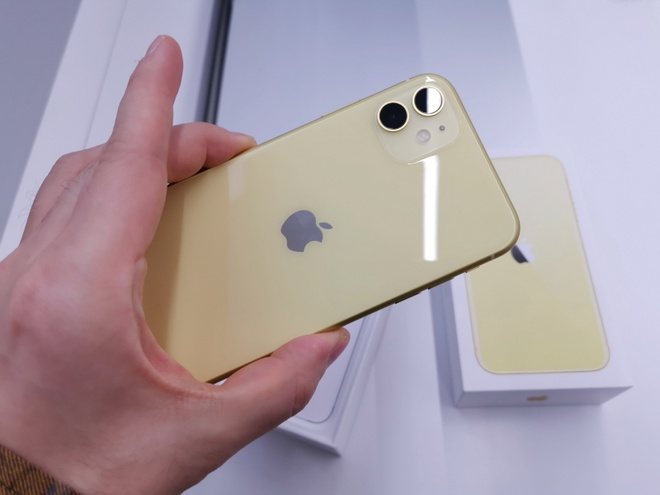 iPhone 11 lien tuc giam gia anh 1