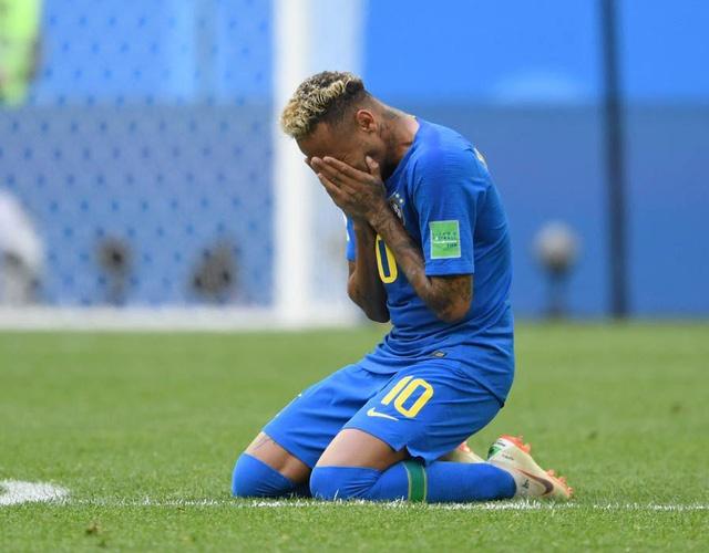 Neymar noi ve giot nuoc mat hanh phuc khi Brazil gianh chien thang hinh anh
