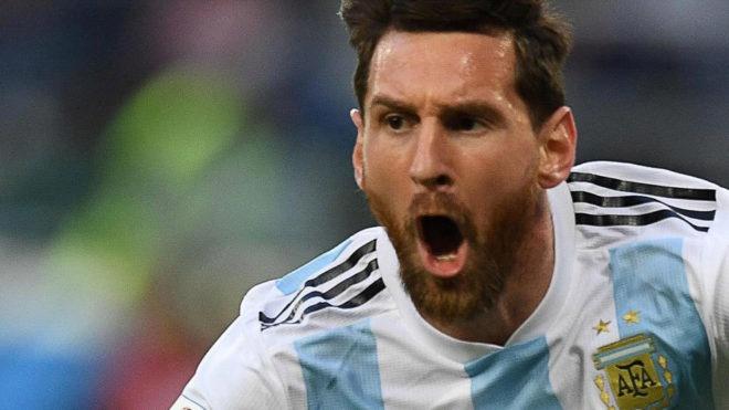 Messi cam on Chua vi cuu Argentina khoi nguy co bi loai hinh anh 2