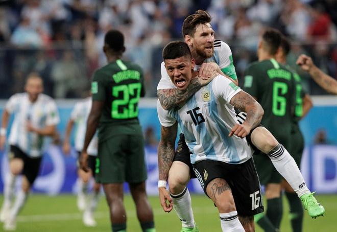 Messi cam on Chua vi cuu Argentina khoi nguy co bi loai hinh anh 3