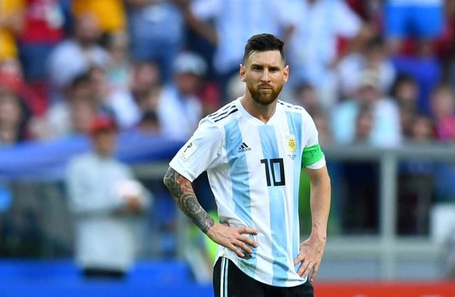 Mascherano thuyet phuc Messi o lai voi DTQG hinh anh