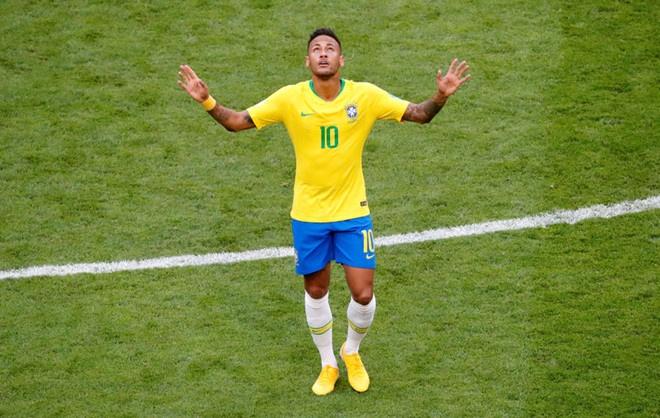 Real Madrid bac bo tin chi 275 trieu bang de co Neymar hinh anh