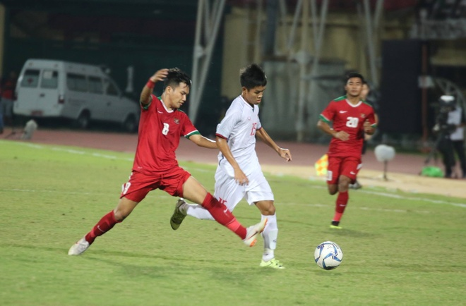 Thua U19 Indonesia toi thieu, U19 Viet Nam doi mat nguy co bi loai hinh anh