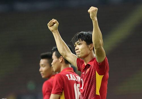 Olympic Viet Nam xuat tran: Cong Phuong da cap cung Van Quyet? hinh anh