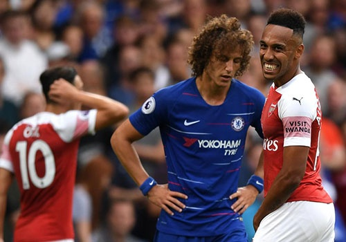 Chelsea vs Arsenal (3-2): Hazard kien tao, Oezil gay that vong hinh anh