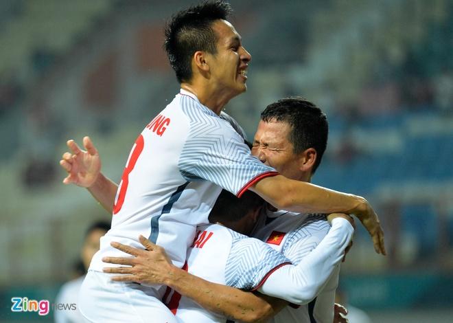 Thang tran thu 2, Olympic VN gap DKVD Han Quoc o vong knock-out? hinh anh