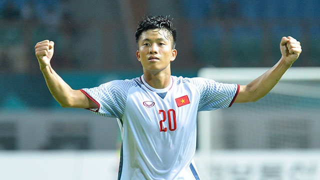 Danh bai Nepal 2-0, Olympic Viet Nam vao vong knock-out ASIAD hinh anh