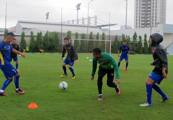 U19 Viet Nam tap trung, chuan bi du dau Qatar hinh anh