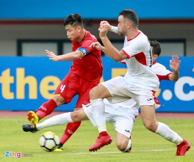 HLV Le Thuy Hai: 'Lua U19 nay da SEA Games thi nguy to' hinh anh 4