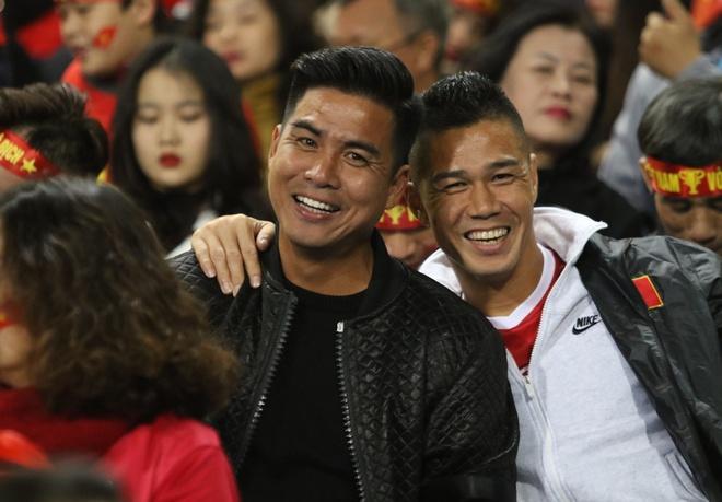 The he vang 2008 tren khan dai san My Dinh tran chung ket AFF Cup 2018 hinh anh