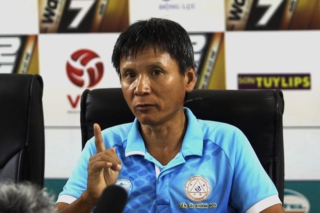 'Tai V.League, chi co Khanh Hoa khong xin diem bat cu ai' hinh anh