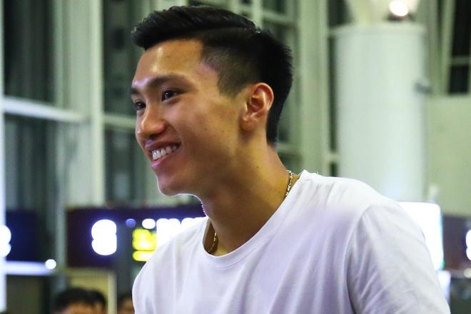 Van Hau: 'Em se khong phu long moi nguoi' hinh anh