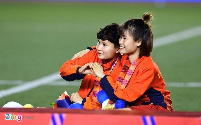 Nha vo dich SEA Games 2019: 'Thanh xuan da gui tron cho bong da' hinh anh 1 51c67157e2781b264269_zing.jpg