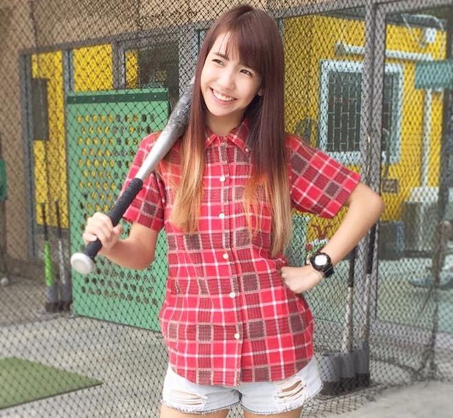 Hot girl Thai Lan xinh xan, nhay dep hinh anh 4 Không chỉ là thời trang, Lita cũng đam mê các môn thể thao mạnh mẽ như bóng chày, lặn và lướt sóng. Ảnh: Gamme.
