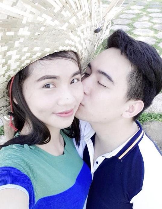 Chuyen tinh 9 nam yeu mai khong chan cua cap doi ngan hang hinh anh 2 Tình yêu của Bảo Anh và Quỳnh Anh xuất phát từ tuổi học trò. Ảnh NVCC.