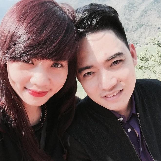 Chuyen tinh 9 nam yeu mai khong chan cua cap doi ngan hang hinh anh 3 Cặp đôi này thường xuyên đi du lịch để hiểu nhau hơn. Ảnh: NVCC.