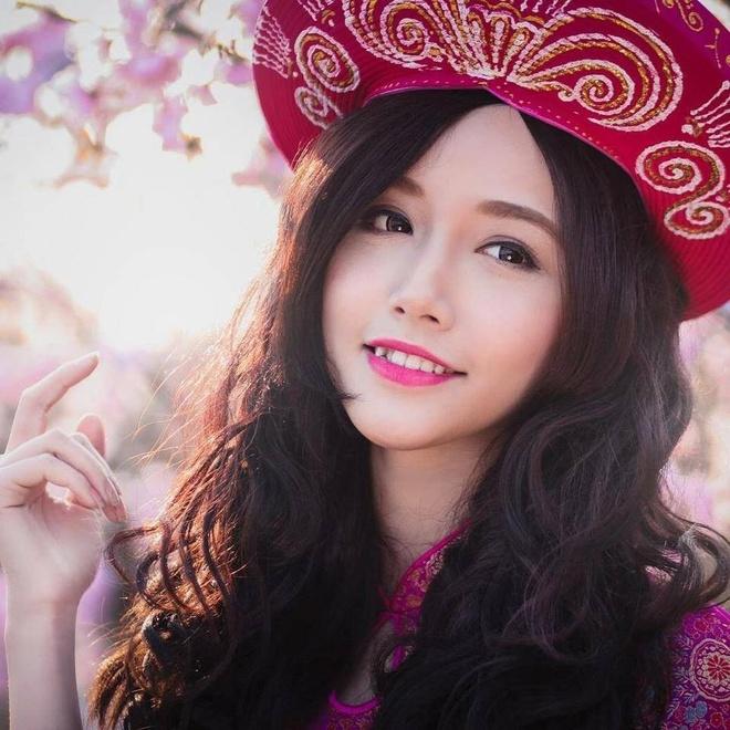 Hot girl da nang nhan bang gioi DH Ngoai thuong hinh anh 2 Ngân Búng chỉ xem nghệ thuật là nghề tay trái. Ảnh: NVCC