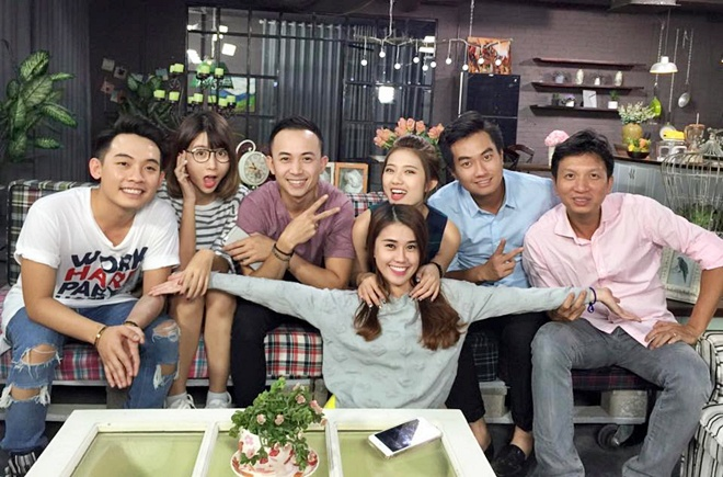 Pho Dac Biet, Ngoc Thao bat ngo tham gia '5S Online' hinh anh