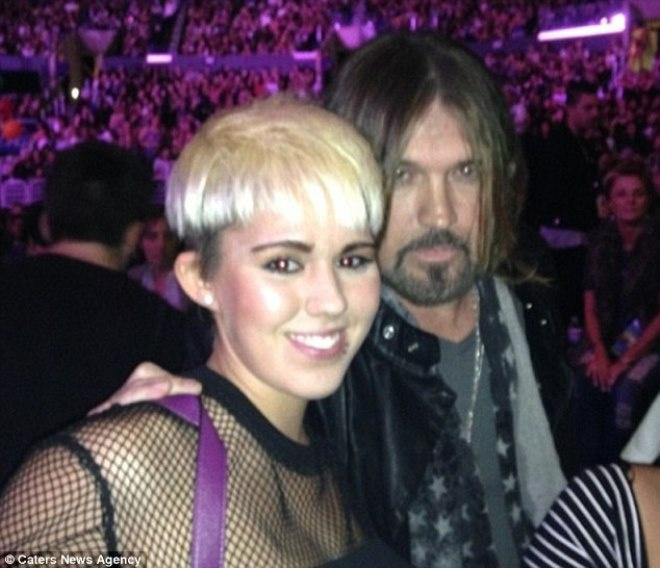 9X bat ngo noi tieng nho giong het Miley Cyrus hinh anh 2