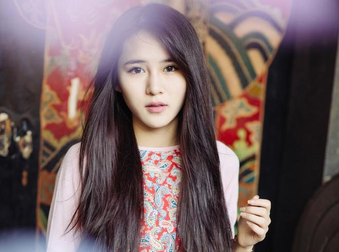 Hot girl Van Shi quyet tam tro thanh ca si trong nam 2016 hinh anh 1