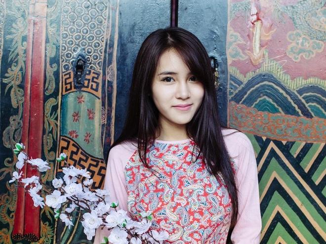 Hot girl Van Shi quyet tam tro thanh ca si trong nam 2016 hinh anh