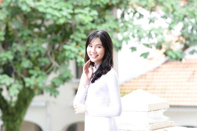 Miss Ao dai nu sinh 2015: Tri thuc la quan trong nhat hinh anh 1