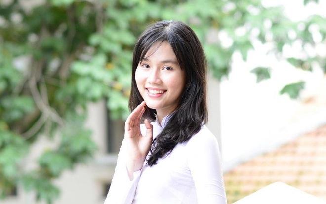 Miss Ao dai nu sinh 2015: Tri thuc la quan trong nhat hinh anh