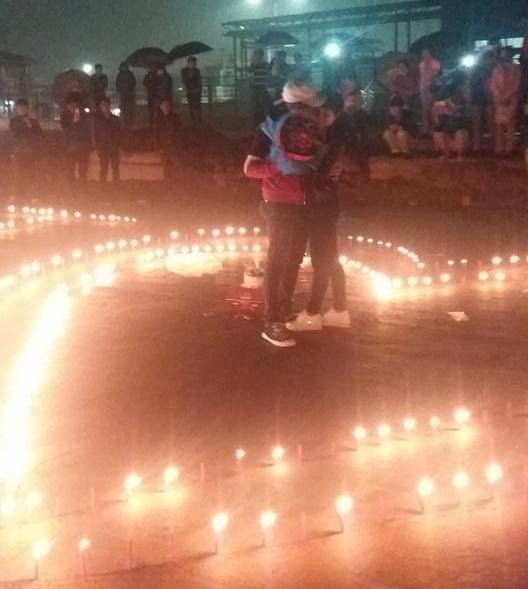 Thap 1.000 ngon nen mung sinh nhat ban gai o Thai Nguyen hinh anh 2