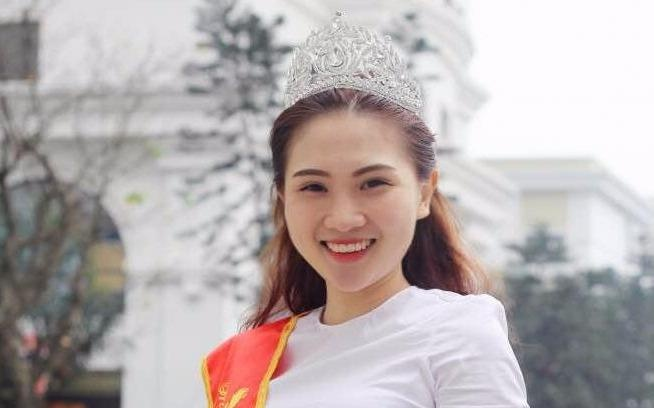 Miss Bao chi: 'Minh da khoc ca ngay sau khi dang quang' hinh anh