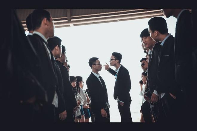 Teen Quang Binh chup ky yeu phien ban 'ong trum' hinh anh 10