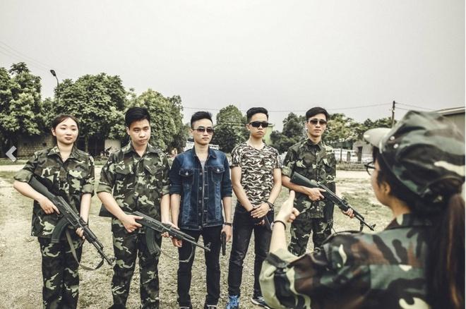 Teen Ninh Binh chup ky yeu 'Anh hung cuu my nhan' hinh anh 7