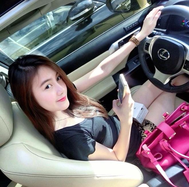 Cuoc song giau sang cua hot girl Lao goc Viet hinh anh 4