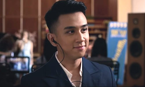 Hot boy co giong hat gay tranh cai tai Vietnam Idol 2016 hinh anh