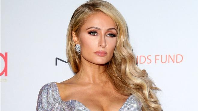 Paris Hilton bi danh cap anh nude va 120.000 USD hinh anh 1