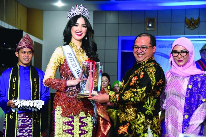 Hoa hau Hoan vu Indonesia 2018 co ve dep giong ca si Bich Phuong hinh anh 10
