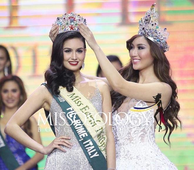 Co gai 20 tuoi dang quang Hoa hau Trai dat Philippines 2018 hinh anh 1
